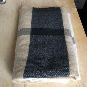 Fluffy blanket scarf